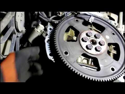 Замена коробки передач, автомата АКПП 2часть  Mazda Demio 1,3  2004  Мазда Демио