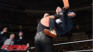 getlinkyoutube.com-Shane McMahon fights back against The Undertaker: Raw, March 14, 2016