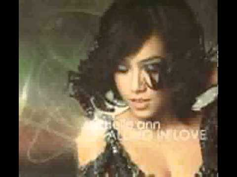 Solitaire de Rachelle Ann Go Letra y Video