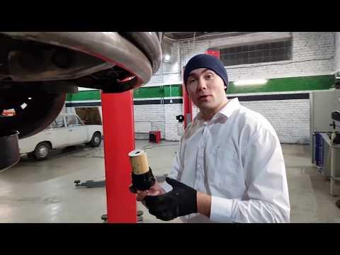 Хендай Туссан 2017.Неосторожная замена моторного масла через 23000 км, есть поломки.