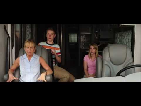 We're The Millers -- Red Band trailer -- Official Warner Bros. UK mozi, előzetes