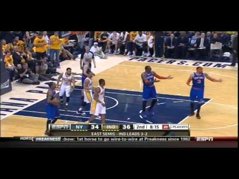 Ref Throws One Of Worst Jump Balls During Game 6 Of Knicks-Pacers