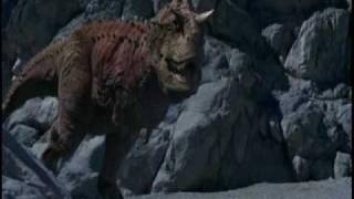 getlinkyoutube.com-Carnotaurus Vs iguanodon