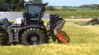 getlinkyoutube.com-BLACK CLAAS Xerion 5000 mit Schüttfix made by Rehnen