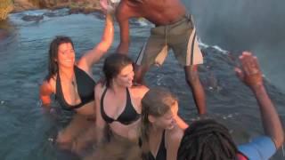 getlinkyoutube.com-Girls defy death at Victoria Falls! Devil's Pool, Livingstone Island, Zambia