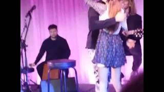 getlinkyoutube.com-Tini Stoessel y Jorge Blanco cantar