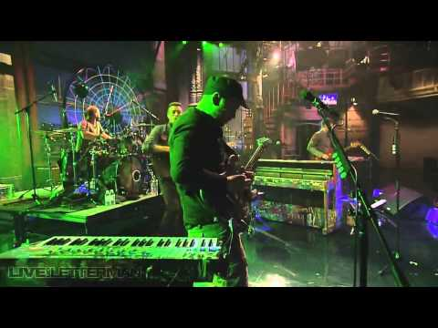 Coldplay Mylo Xyloto / Hurts Like Heaven - Legendado HD - Live on Letterman