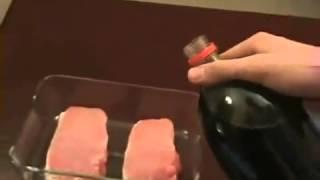 getlinkyoutube.com-Apa yang terjadi jika daging babi disiram coca cola