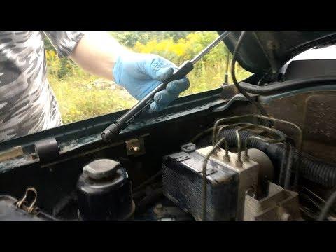 Ставим газовые упоры на капот Mitsubishi Montero Sport