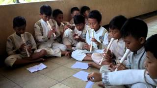getlinkyoutube.com-SDN MODEL Kab. Sukabumi. Latihan recorder