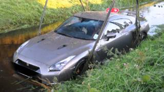 getlinkyoutube.com-Nissan GTR crashed into the water! MUST SEE!