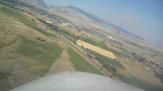 getlinkyoutube.com-Cessna 310 landing at Cody Wyoming