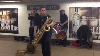getlinkyoutube.com-TOO MANY ZOOZ rocks Union Square.