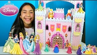 getlinkyoutube.com-Giant Disney Princess Castle|Disney Princess Dance Aurora Snow White Rapunzel Ariel Elsa|B2cutecupca