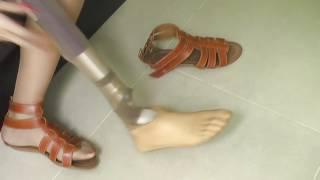 getlinkyoutube.com-naomi beautiful on a leg and a half