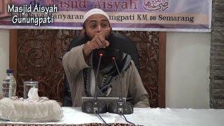 "getlinkyoutube.com-Ustadz Dr. Syafiq Riza Basalamah, MA - ""Aku Cinta Padamu"""