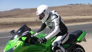 getlinkyoutube.com-Kawasaki ZX14R Test