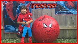 getlinkyoutube.com-GIANT EGG SURPRISE OPENING SPIDERMAN Marvel superhero toys Kids Video Ryan ToysReview