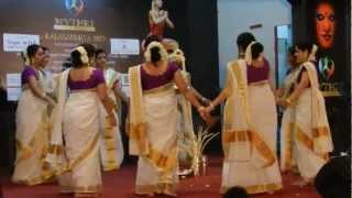getlinkyoutube.com-Thiruvathira - Mythri association
