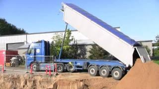 getlinkyoutube.com-The New Volvo FH16 700 Dumping Sand