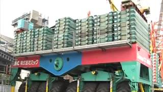 getlinkyoutube.com-日本一 大きなクレーン車 cc8800 Crane