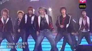getlinkyoutube.com-super junior twins (knock out) live hot debut HQ