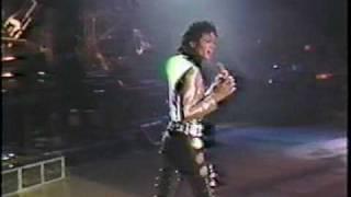 getlinkyoutube.com-Michael Jackson - Heartbreak Hotel (Live @ Brisbane 1987) HQ