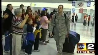 High Schoolers welcome Soldiers Home