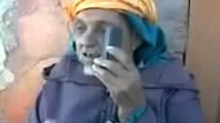 getlinkyoutube.com-فكاهة مغربية - ألو أنا عندي 80 عام أوعاندي لنتـْريتْ.flv