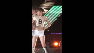 getlinkyoutube.com-소녀시대 - 런 데빌 런 태연만 직캠