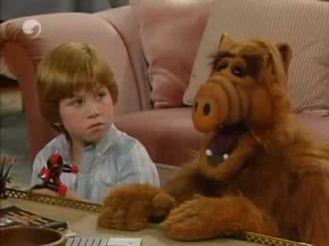 Videos Related To 'alf - Haha! español Latino'