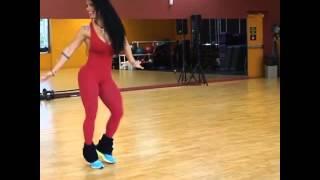 getlinkyoutube.com-Sue Lasmar dancing for carnival Rio 2016