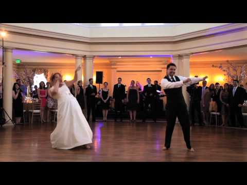 Surprise Punjabi Bhangra Wedding Dance