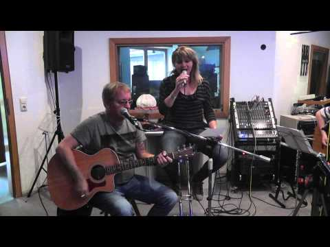 Peter Lisboa & Claudia Scholz -  If It makes you happy (Sheryl Crow cover)