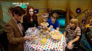 getlinkyoutube.com-Doctor Who: A TARDIS Tea Party (HQ)