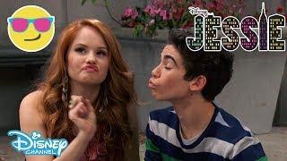 getlinkyoutube.com-Jessie - Luke and Jessie's Funny Scene - Official Disney Channel UK HD