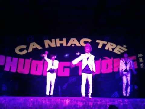 Nhóm HKT biểu diễn tại Phước Sơn