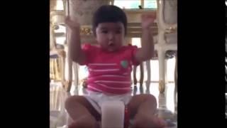 getlinkyoutube.com-แจ๊ส-ชวนชื่นโชว์ลูกสาวน้องแตงไทยตัวแค่นี้เต้นกระจาย