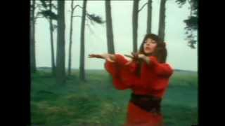 getlinkyoutube.com-Kate Bush - Wuthering Heights - Official Music Video - Version 2