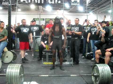 Wow!!!!! Richard Hawthorne 610 lbs deadlift x 4 reps (Dead Lifters Take Note)