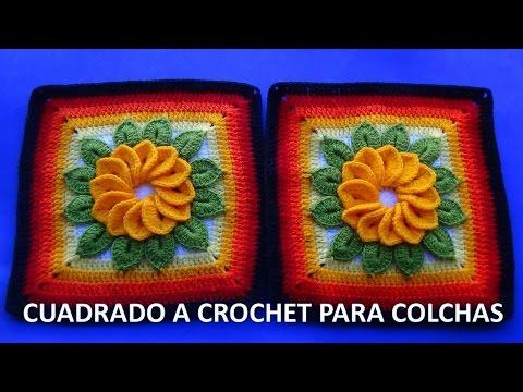 Cuadrado o muestra a crochet con flor de 12 pétalos y hojas paso a paso para colchas