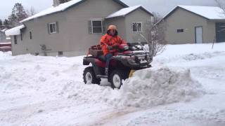 getlinkyoutube.com-Honda foreman plowing snow