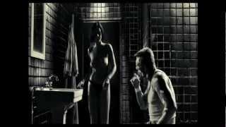 getlinkyoutube.com-Iron Maiden - Hallowed Be Thy Name (Music video)