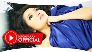 getlinkyoutube.com-Siti Badriah - Selimut Malam - Official Music Video - NAGASWARA