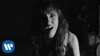 getlinkyoutube.com-Halestorm - Love Bites (So Do I) [Official Video]