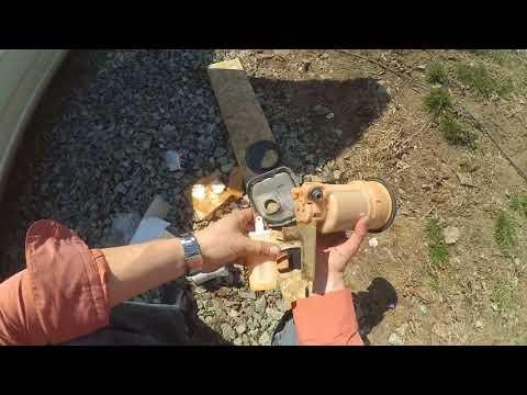 Замена топливного фильтра на Тойота Королла Филдер 2005