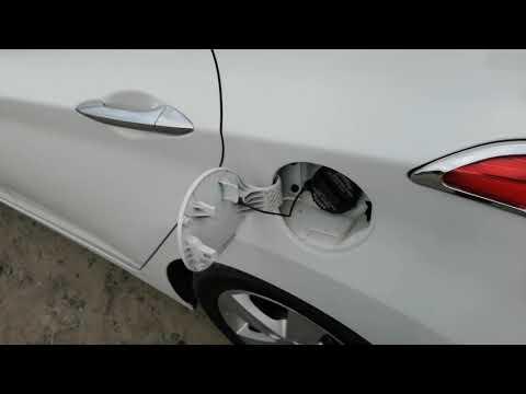 Если плохо открывается лючок бензобака Hyundai Avante/Elantra MD