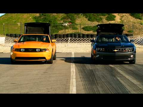 2011 Chevrolet Camaro SS Convertible vs 2011 Ford Mustang GT Convertible