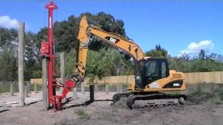 getlinkyoutube.com-Pile Driving with Cat 312DL Excavator in New Zealand.