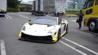 getlinkyoutube.com-【大黒PA】レーシングカーが公道走行!!ガヤルドスーパートロフェオ/Gallardo Trofeo in JAPAN